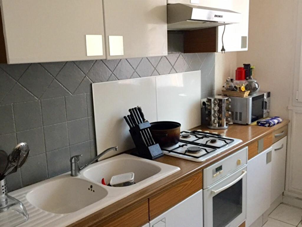 Achat Appartement 4 pièces à Caluire-et-Cuire - vignette-4