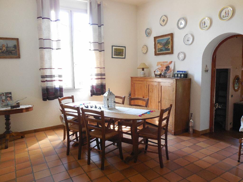 Achat Maison 8 pièces à Saint-Médard-en-Jalles - vignette-1
