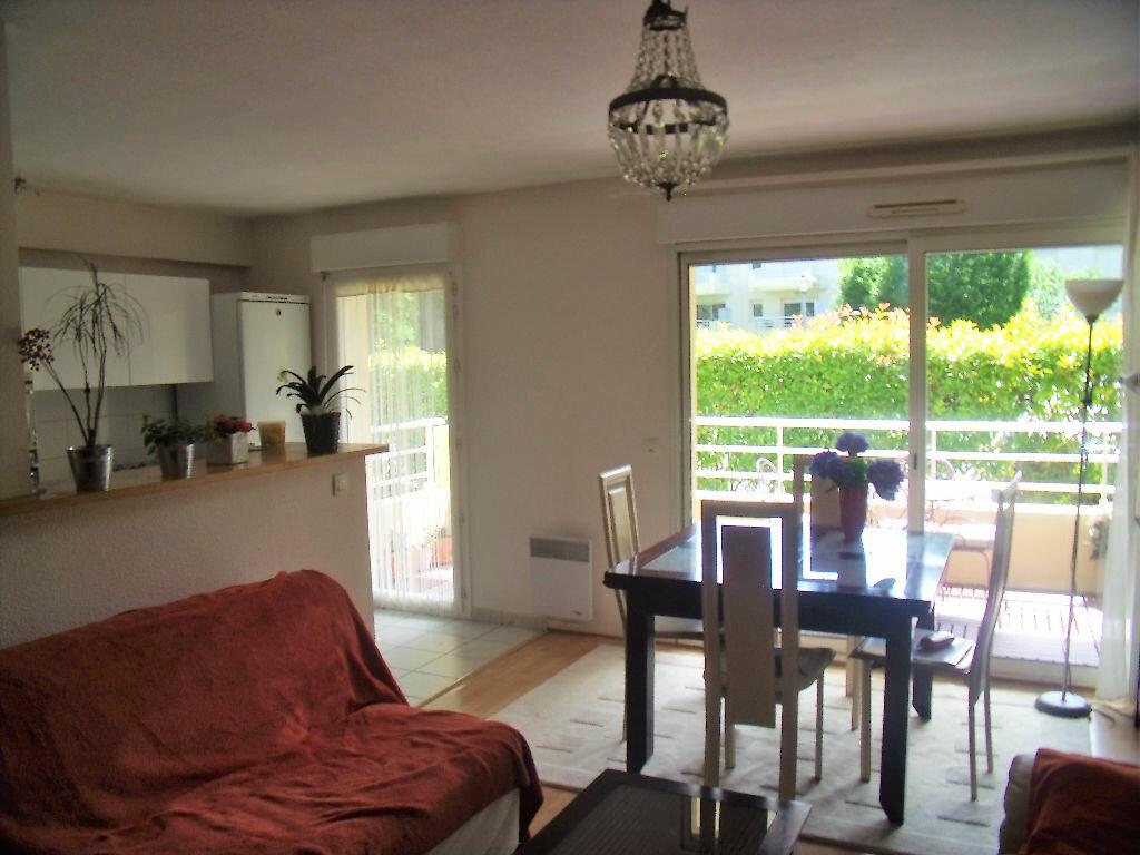 Achat Appartement 3 pièces à Saint-Médard-en-Jalles - vignette-1