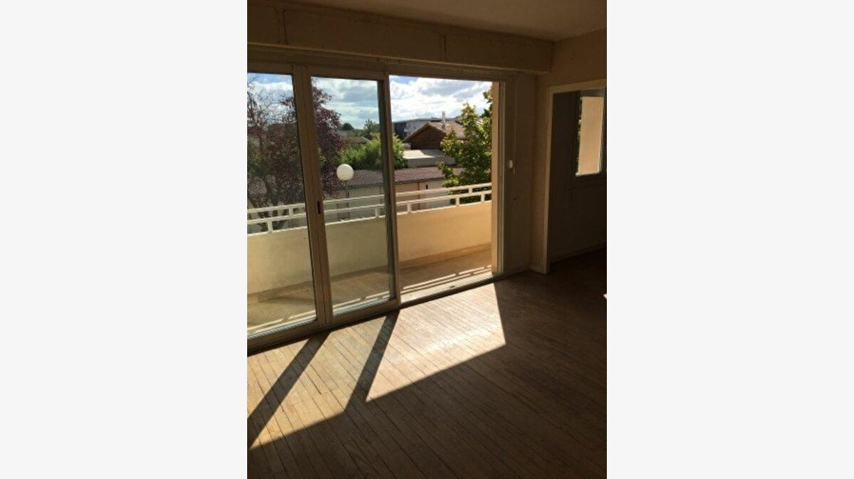 Achat Appartement 4 pièces à Bègles - vignette-1