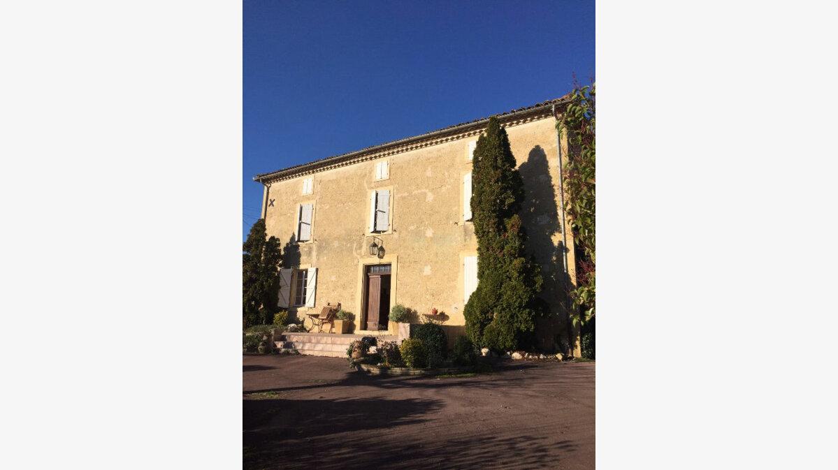 Achat Maison 6 pièces à Castelgaillard - vignette-1