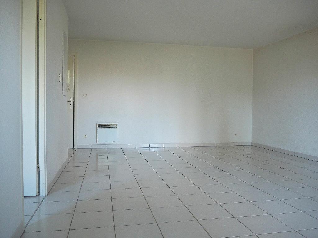 Achat Appartement 2 pièces à Fonbeauzard - vignette-1