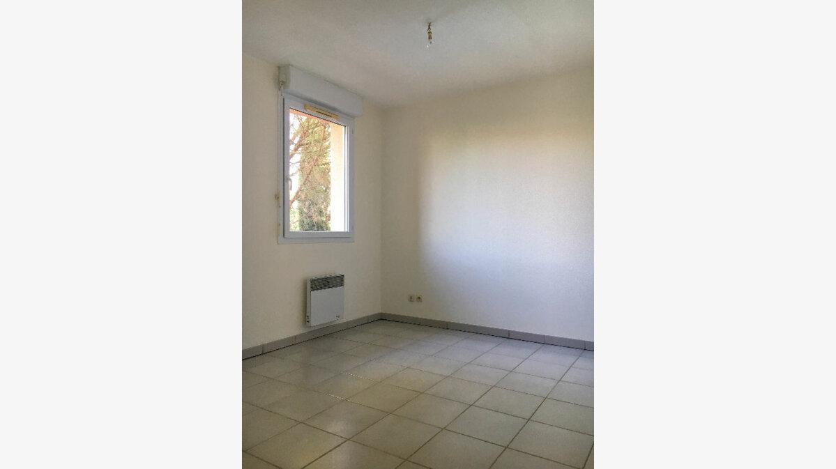 Achat Appartement 2 pièces à Seilh - vignette-2