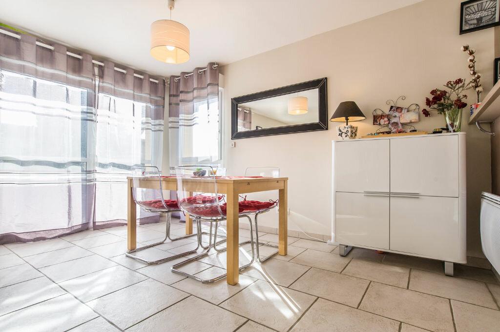 Achat Appartement 4 pièces à Castelginest - vignette-2