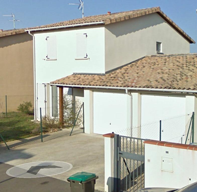 Achat Maison 4 pièces à La Salvetat-Saint-Gilles - vignette-1