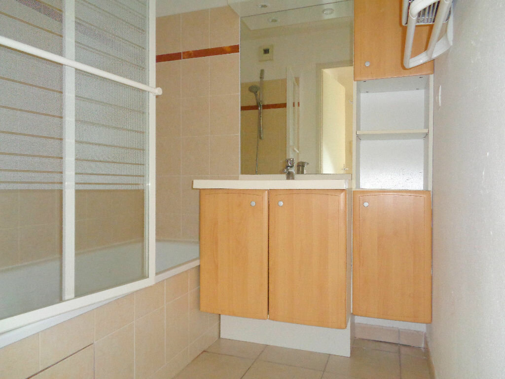 Achat Appartement 3 pièces à Castelnau-d'Estrétefonds - vignette-7