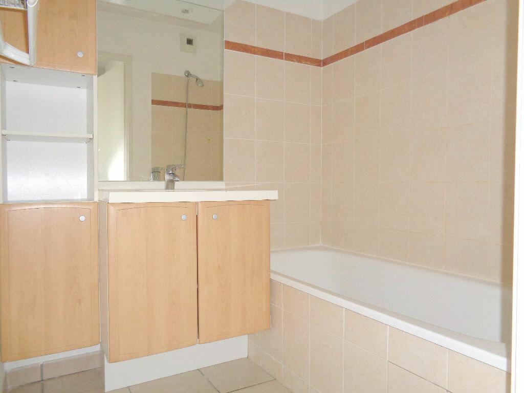 Achat Appartement 3 pièces à Castelnau-d'Estrétefonds - vignette-6