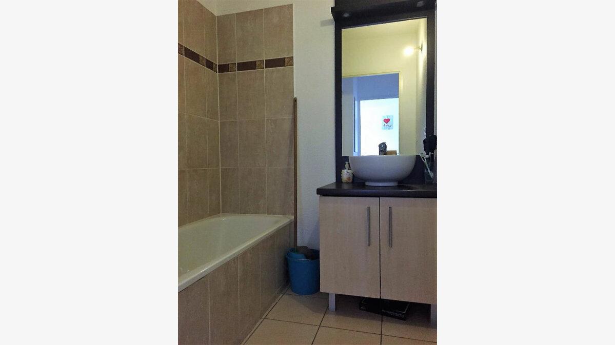 Achat Appartement 2 pièces à Castelnau-d'Estrétefonds - vignette-3