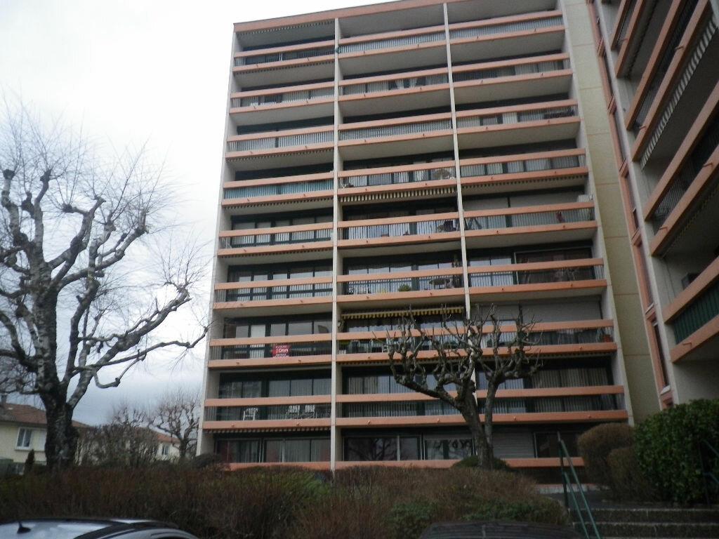 Location Appartement 4 pièces à Aurillac - vignette-9