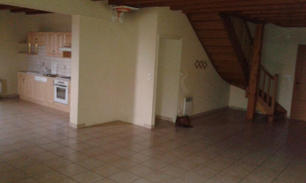 Location Maison 5 pièces à Crandelles - vignette-1