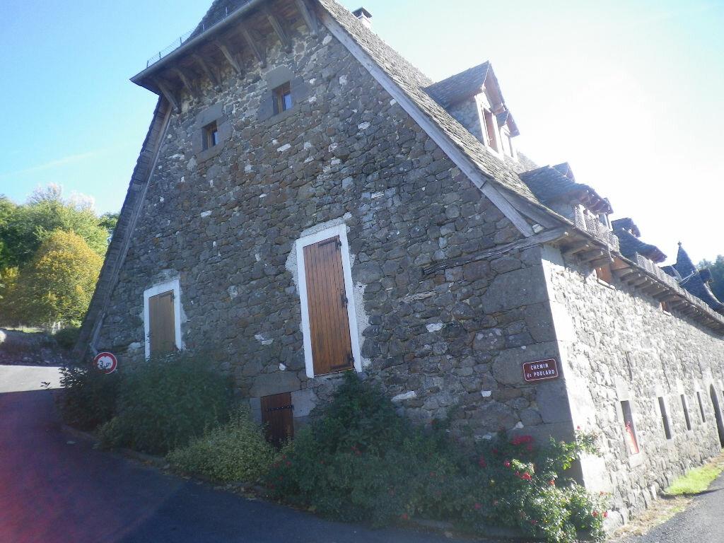 Location Maison 5 pièces à Crandelles - vignette-2