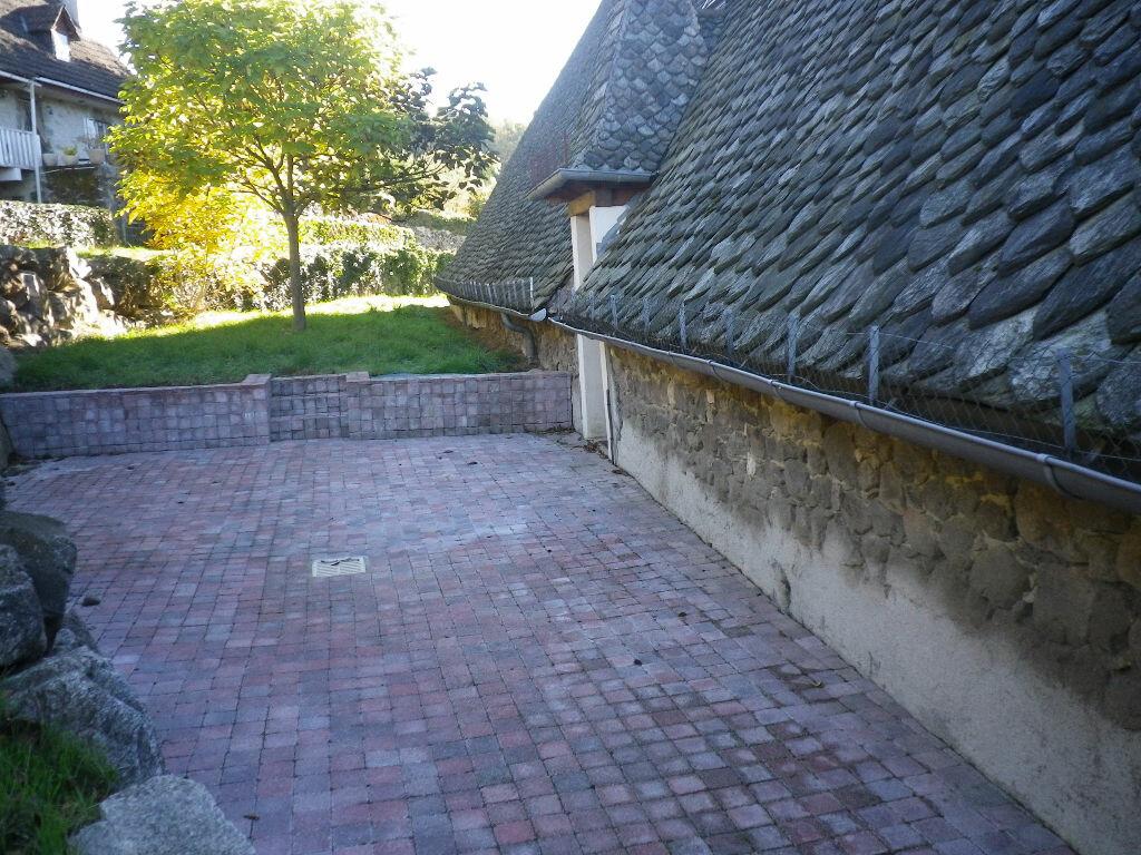 Location Maison 5 pièces à Crandelles - vignette-4