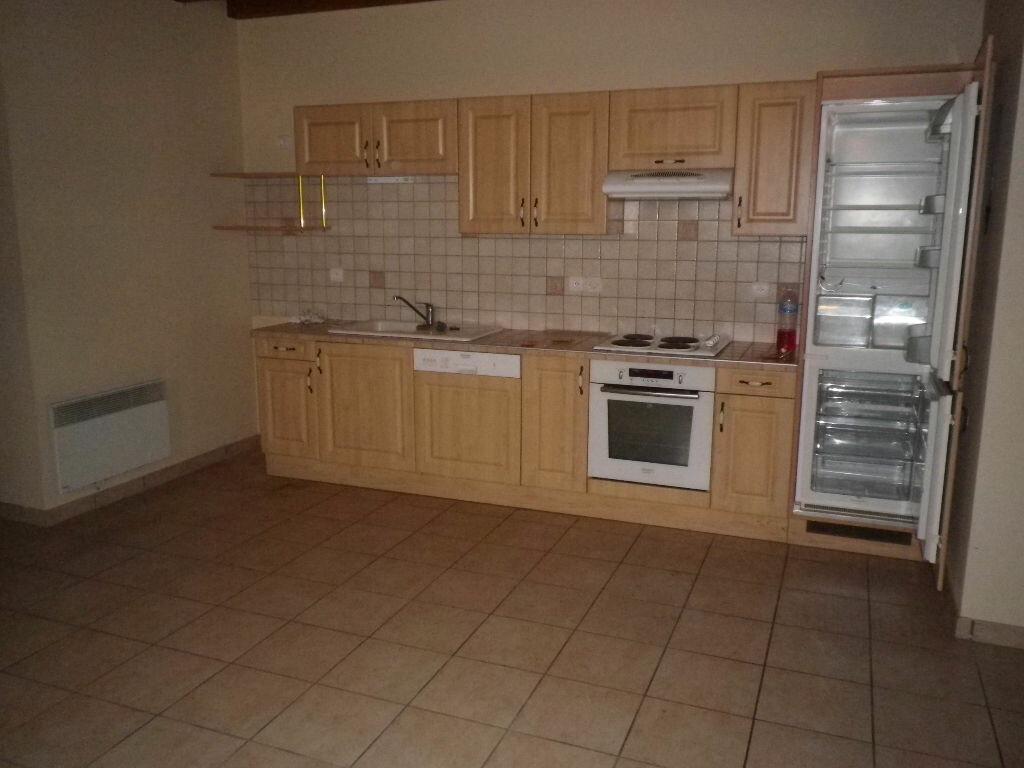 Location Maison 5 pièces à Crandelles - vignette-6