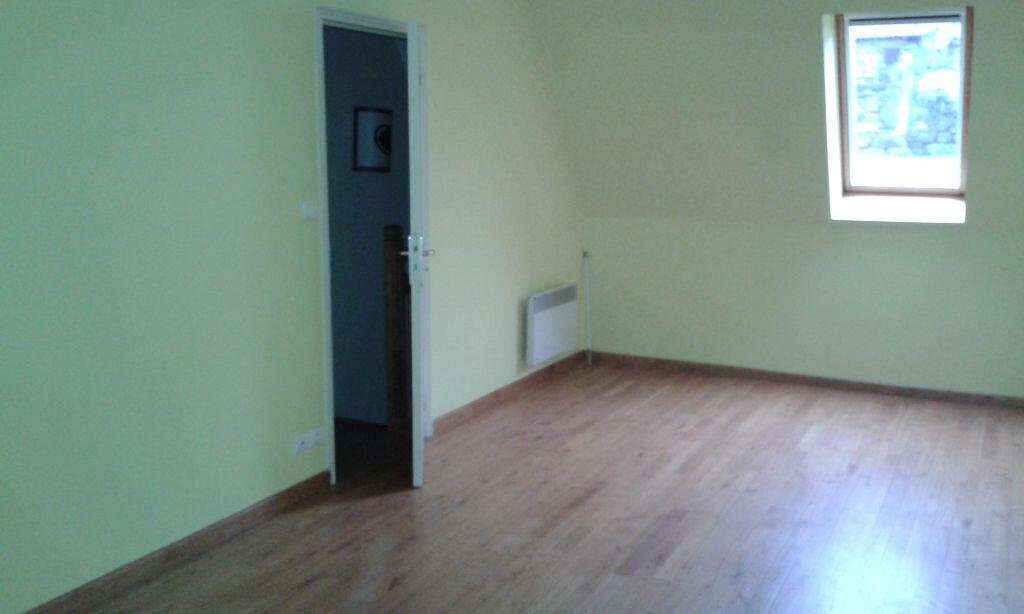 Location Maison 5 pièces à Crandelles - vignette-9