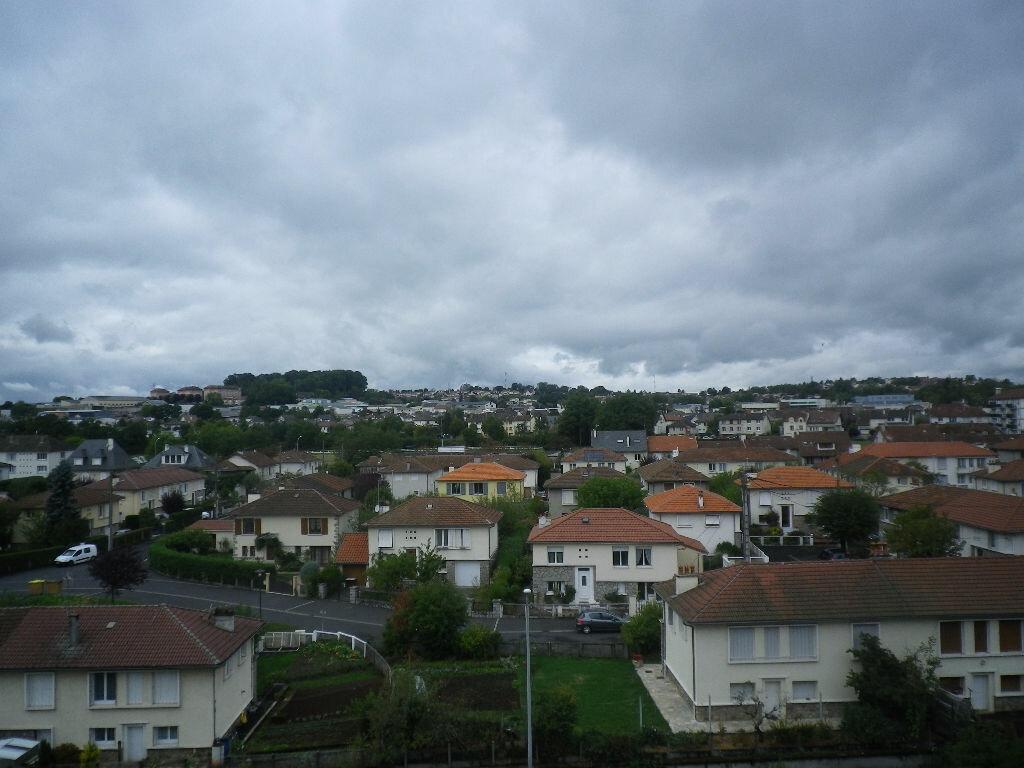 Location Appartement 2 pièces à Aurillac - vignette-7