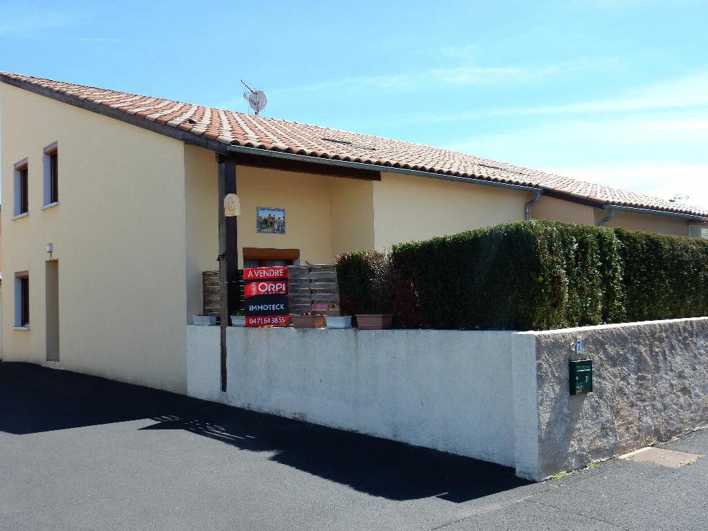 Achat Maison 5 pièces à Arpajon-sur-Cère - vignette-1
