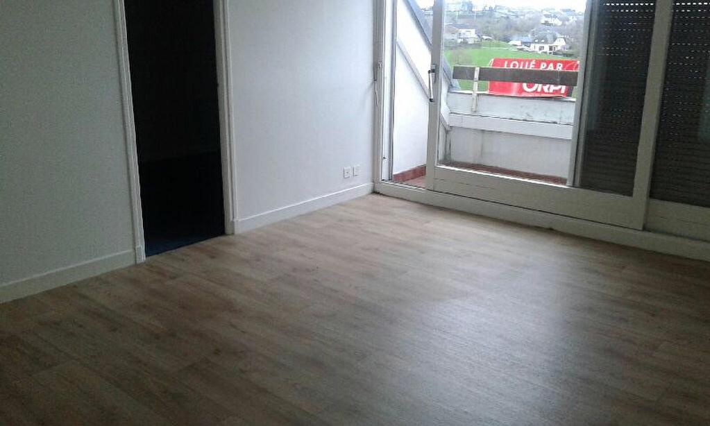 Location Appartement 3 pièces à Mauriac - vignette-6