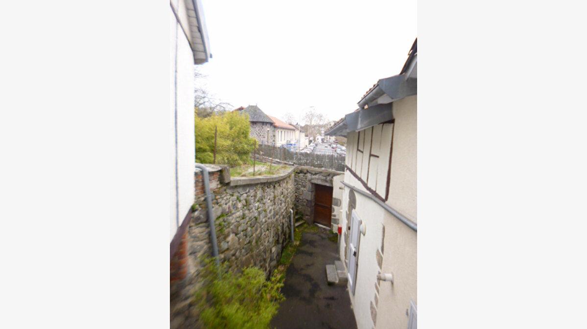 Location Appartement 1 pièce à Aurillac - vignette-5