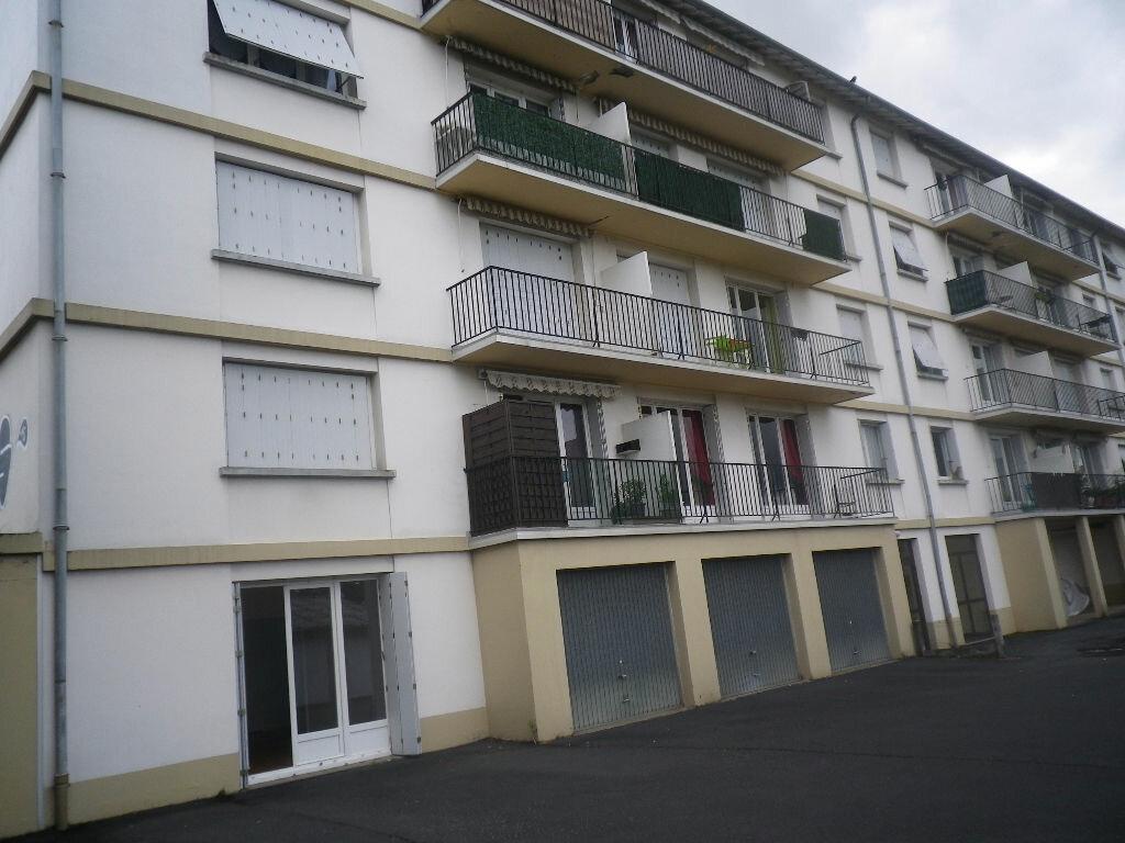 Location Appartement 2 pièces à Aurillac - vignette-8