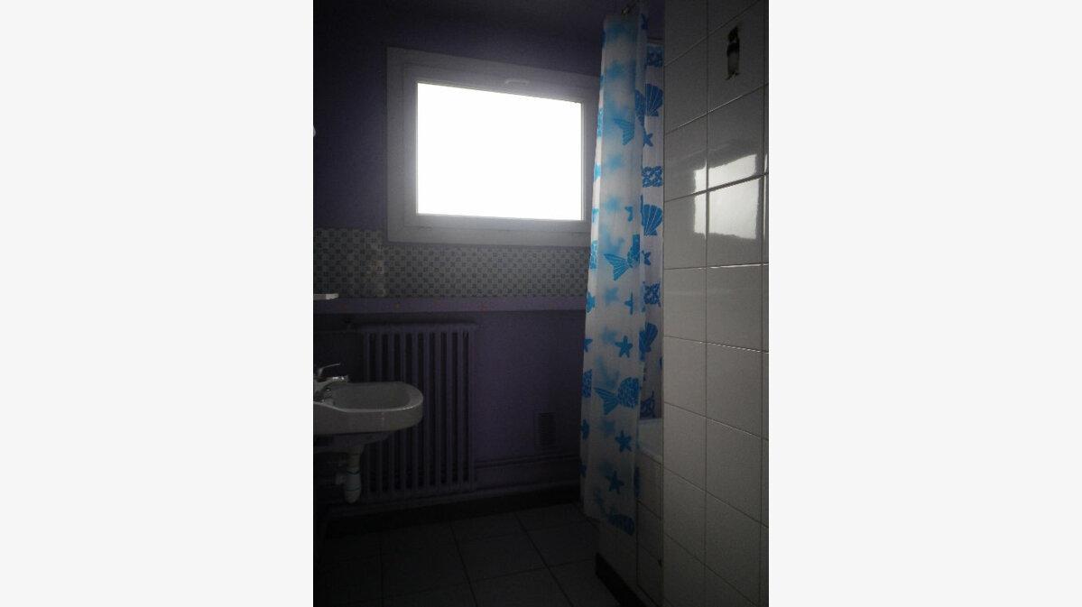 Location Appartement 2 pièces à Aurillac - vignette-10