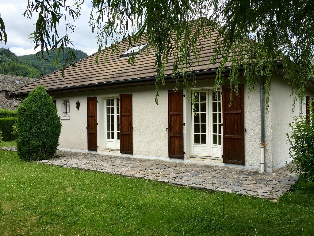 Achat Maison 5 pièces à Vic-sur-Cère - vignette-1