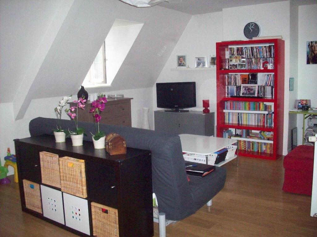 Achat Appartement 4 pièces à Vic-sur-Cère - vignette-3