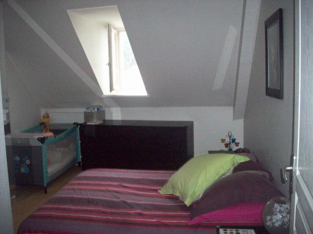 Achat Appartement 4 pièces à Vic-sur-Cère - vignette-5