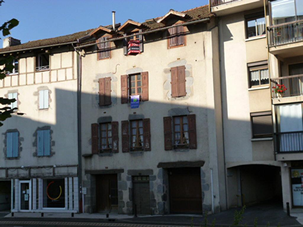 Achat Appartement 3 pièces à Aurillac - vignette-1