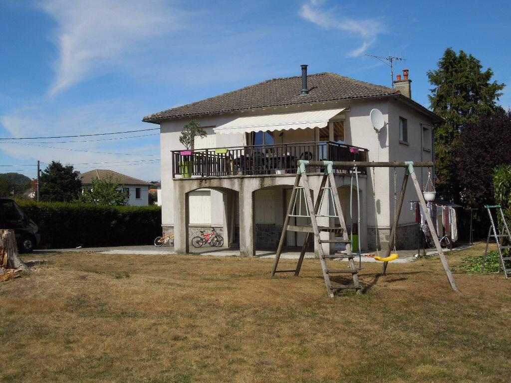 Achat Maison 6 pièces à Saint-Paul-des-Landes - vignette-1