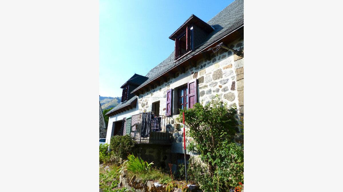 Achat Maison 5 pièces à Mandailles-Saint-Julien - vignette-1