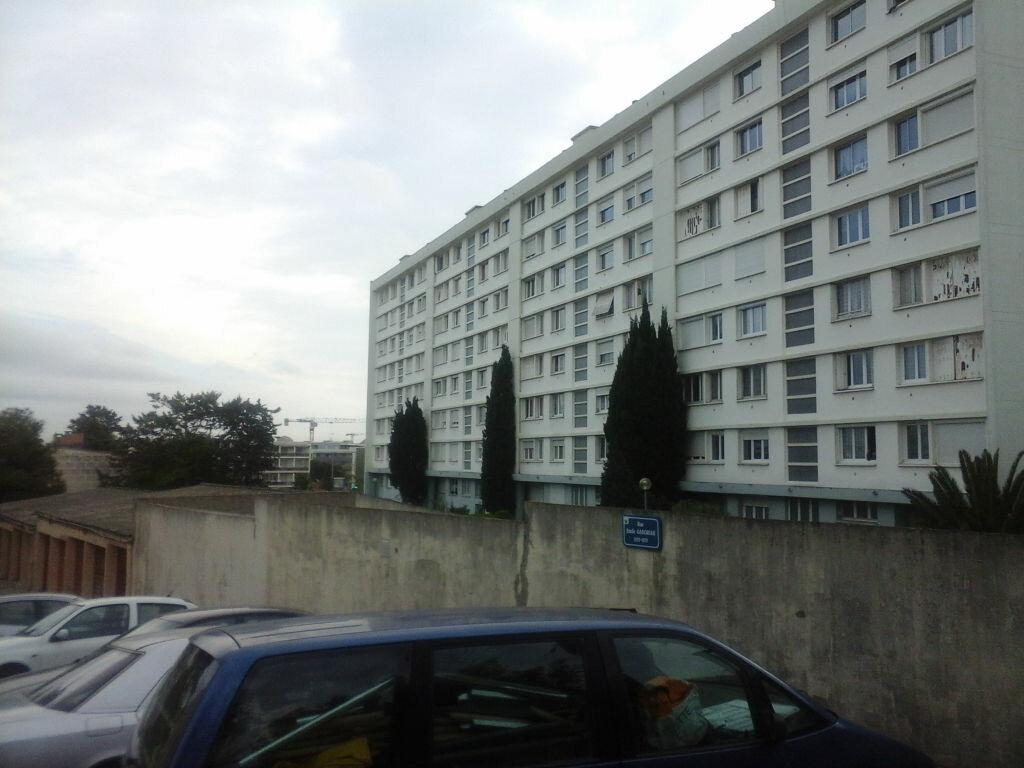 Achat Appartement 4 pièces à Montpellier - vignette-2