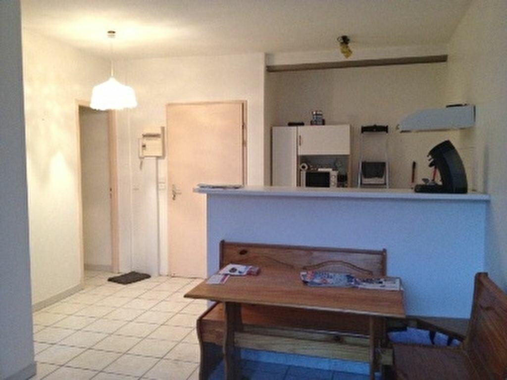 Achat Appartement 2 pièces à Mèze - vignette-1