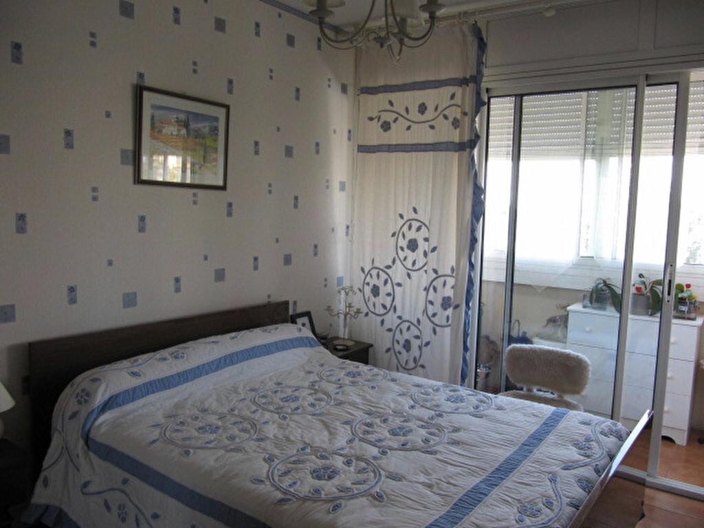 Achat Appartement 4 pièces à Balaruc-les-Bains - vignette-4
