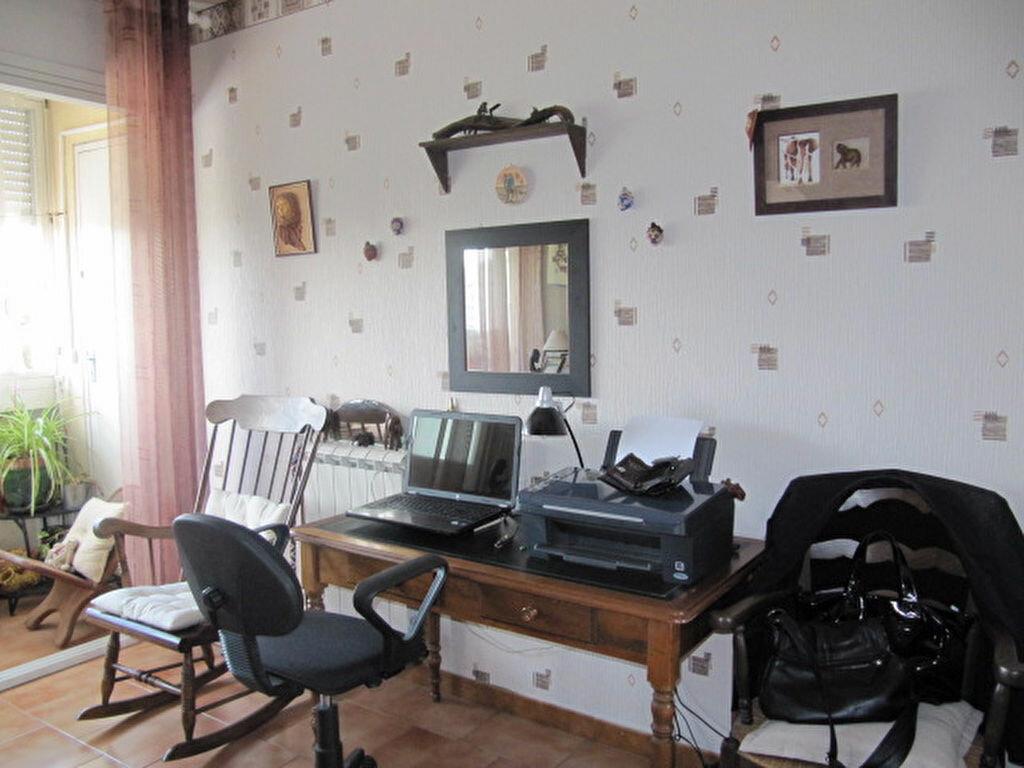 Achat Appartement 4 pièces à Balaruc-les-Bains - vignette-8