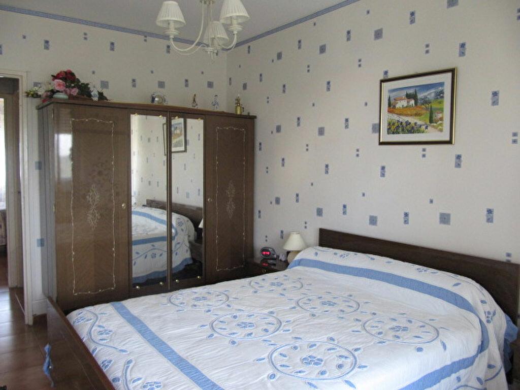 Achat Appartement 4 pièces à Balaruc-les-Bains - vignette-10