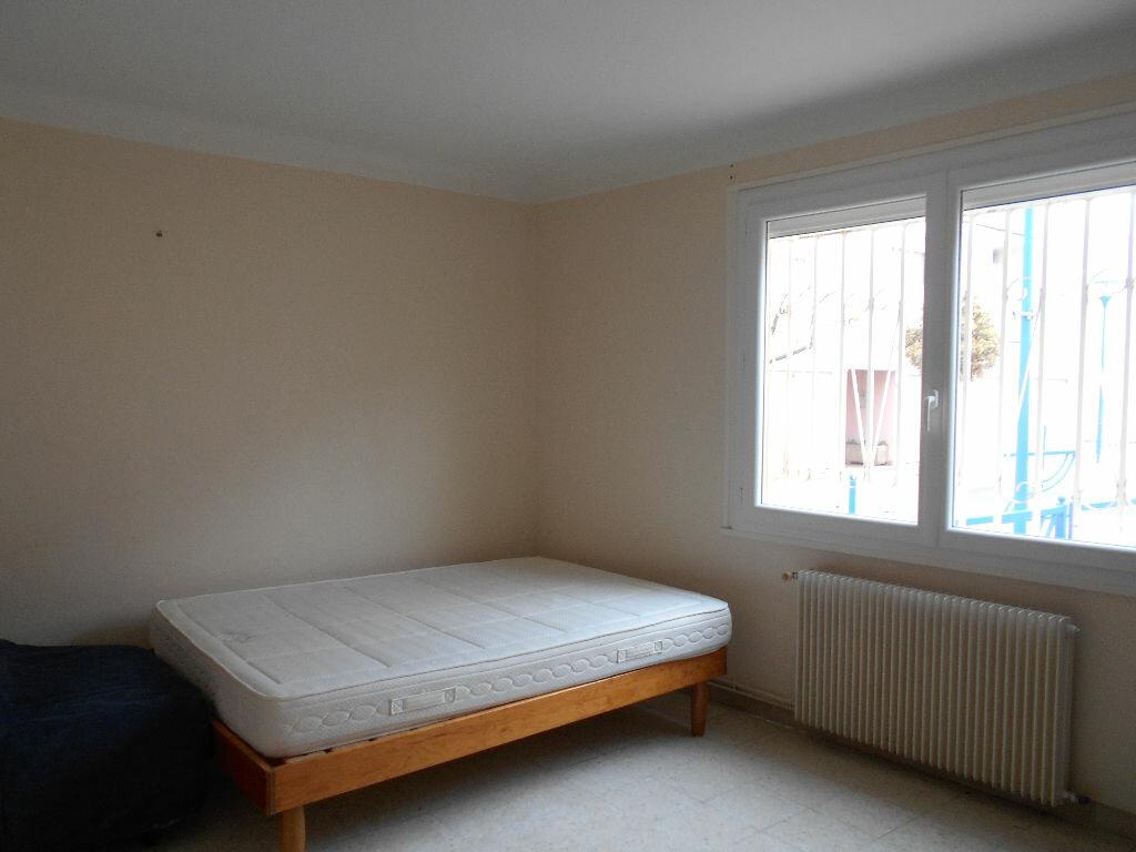 Achat Appartement 4 pièces à Balaruc-les-Bains - vignette-3
