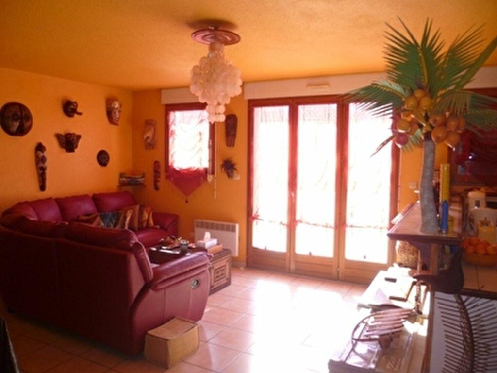 Achat Appartement 4 pièces à Mèze - vignette-1
