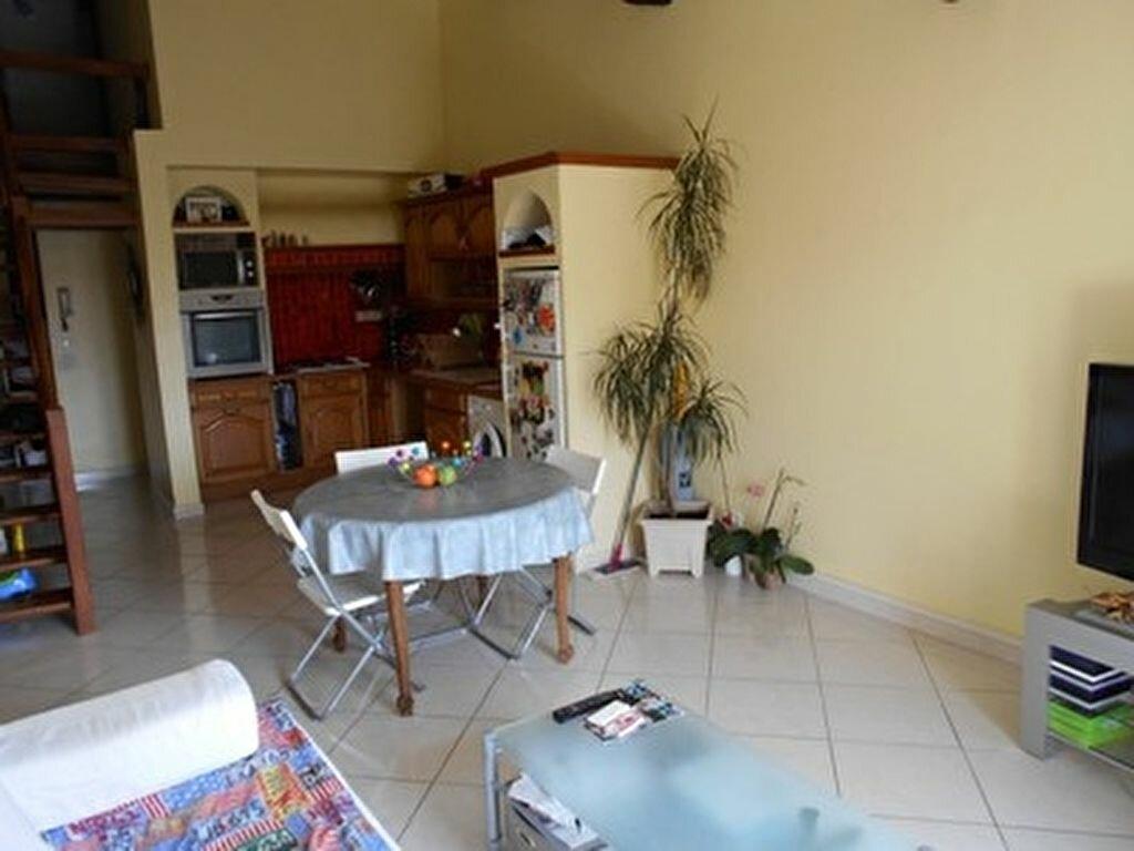 Achat Appartement 3 pièces à Mèze - vignette-6