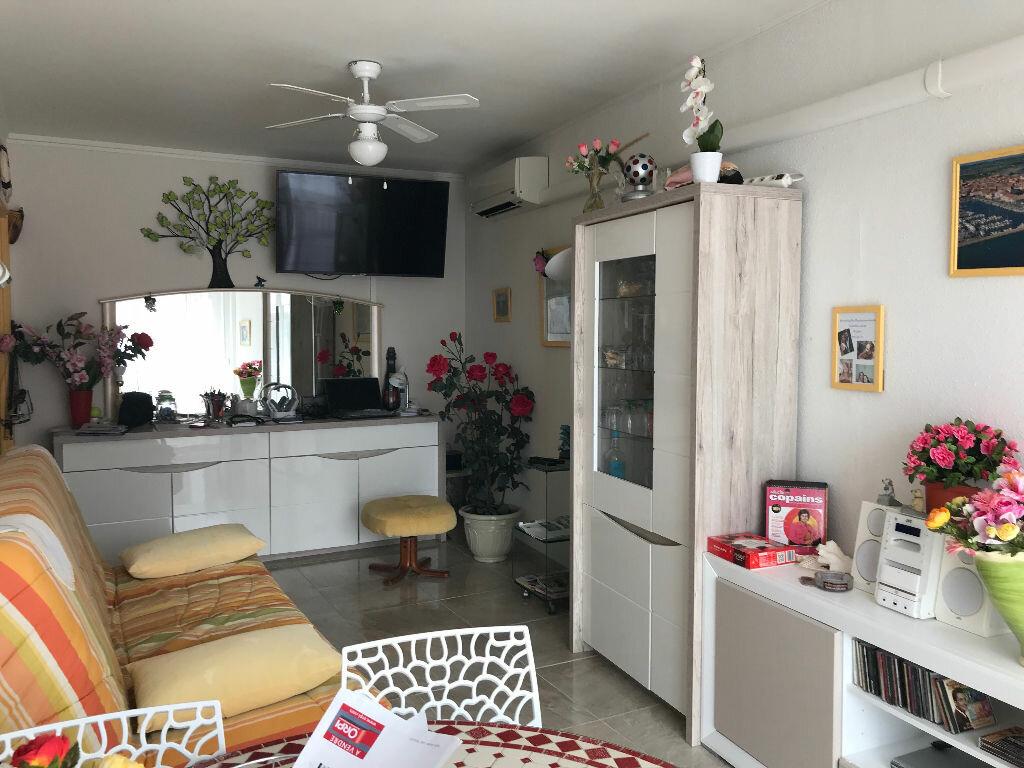 Achat Appartement 2 pièces à Mèze - vignette-2