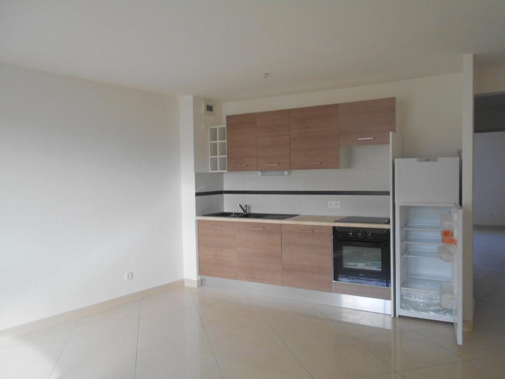Achat Appartement 3 pièces à Lézignan-Corbières - vignette-1