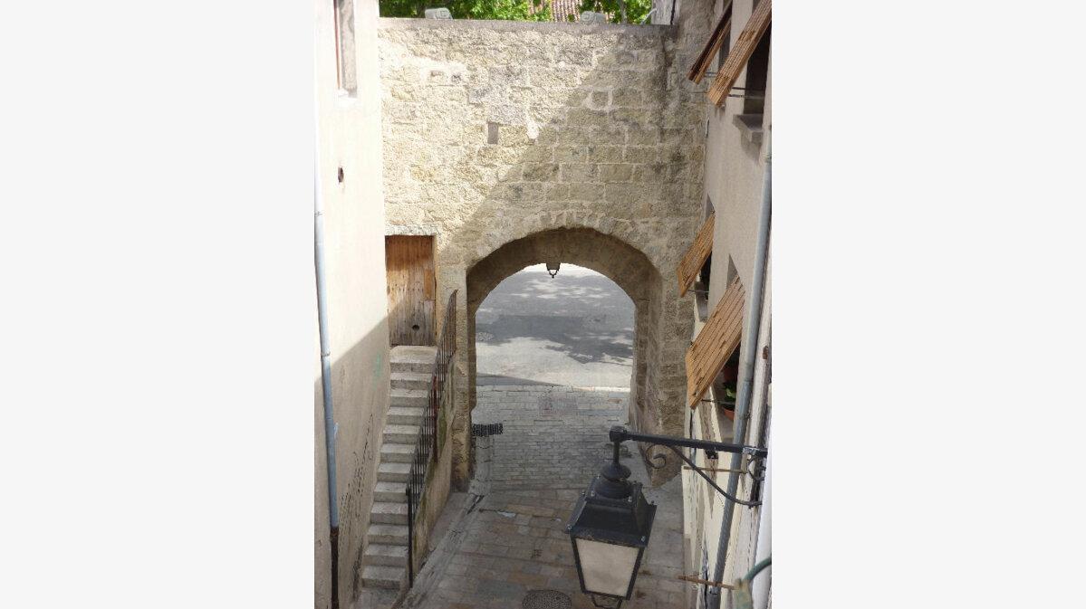 Achat Immeuble  à Saint-André-de-Sangonis - vignette-1