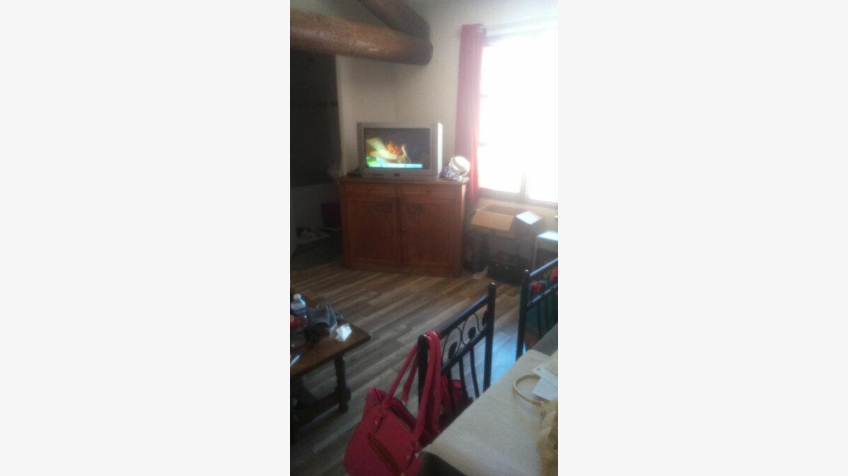 Location Appartement 1 pièce à Gignac - vignette-1