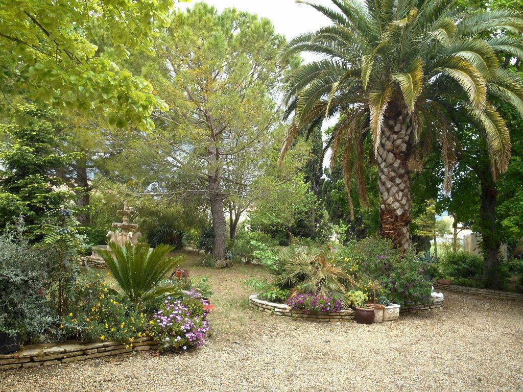 Achat Maison 8 pièces à Luc-sur-Orbieu - vignette-5