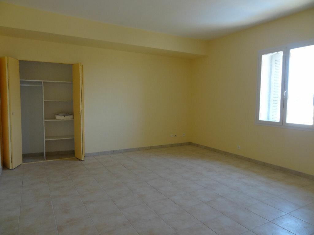 Location Appartement 3 pièces à Olonzac - vignette-1