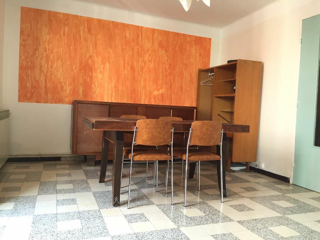 Location Appartement 4 pièces à Montpellier - vignette-2