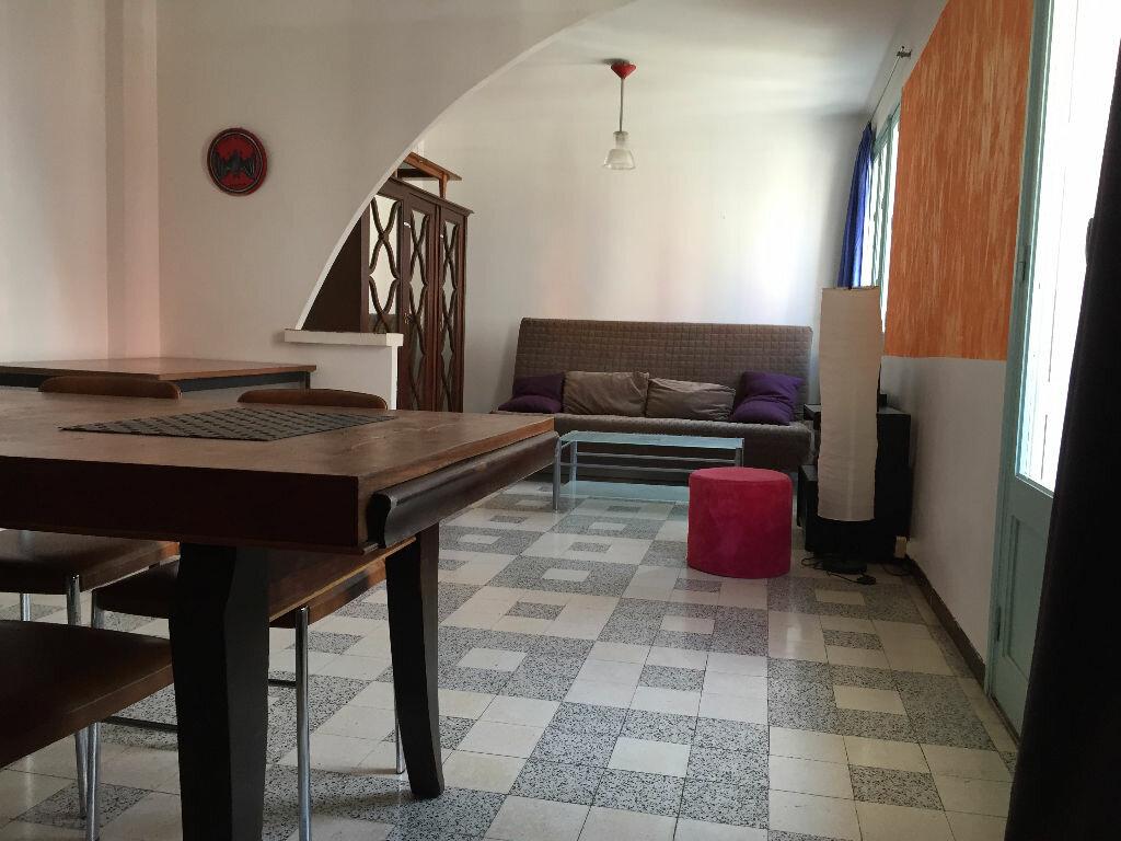 Location Appartement 4 pièces à Montpellier - vignette-3