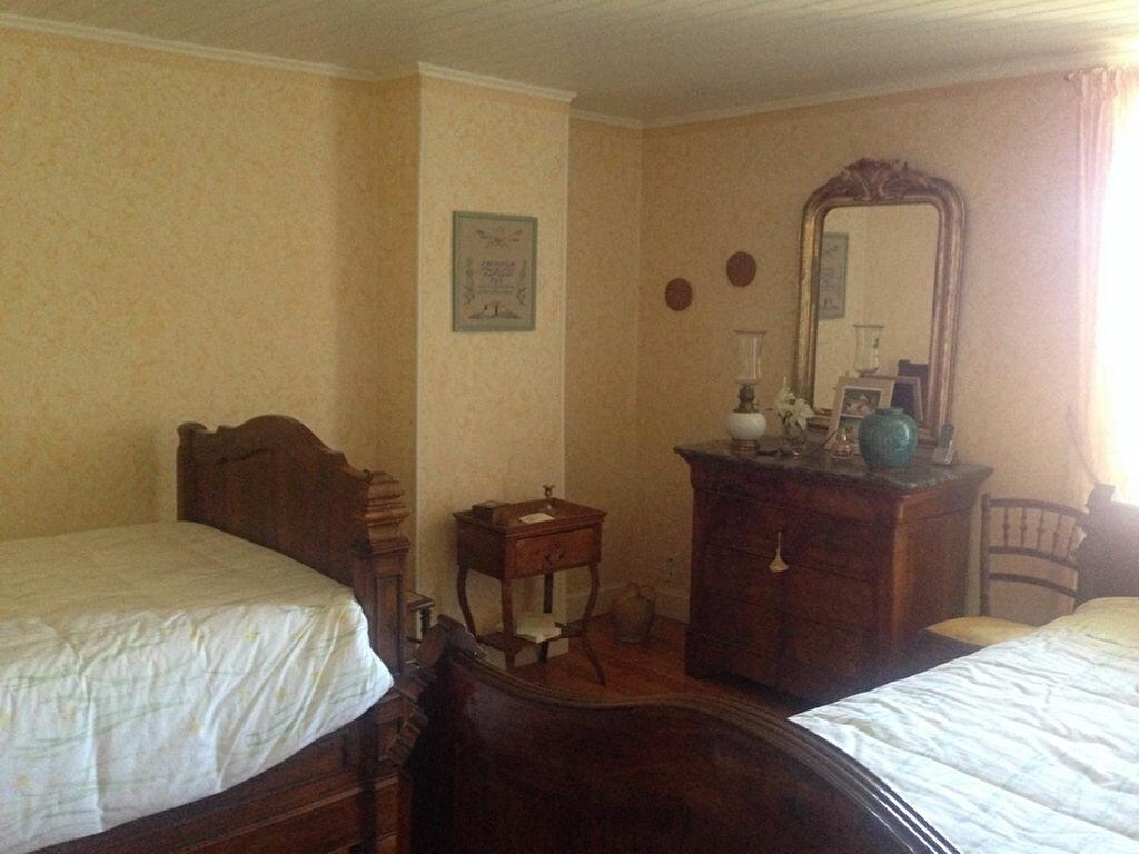 Achat Maison 6 pièces à Saint-Jean-du-Bruel - vignette-4