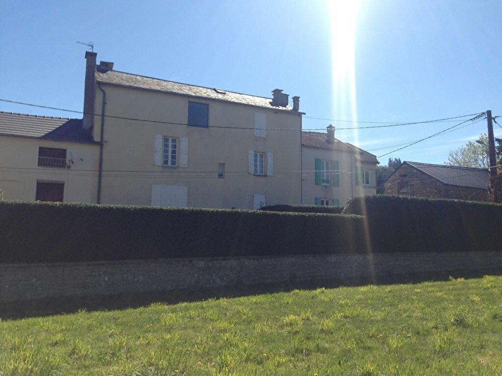 Achat Maison 6 pièces à Saint-Jean-du-Bruel - vignette-5