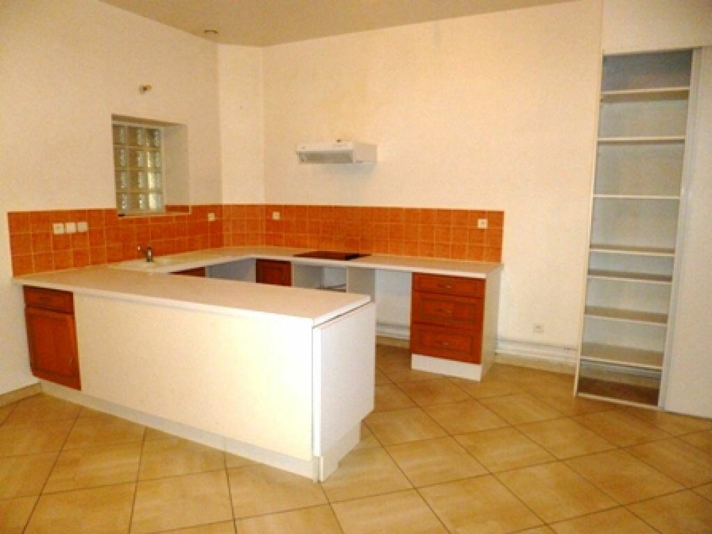 Location Appartement 2 pièces à Mont-de-Marsan - vignette-1