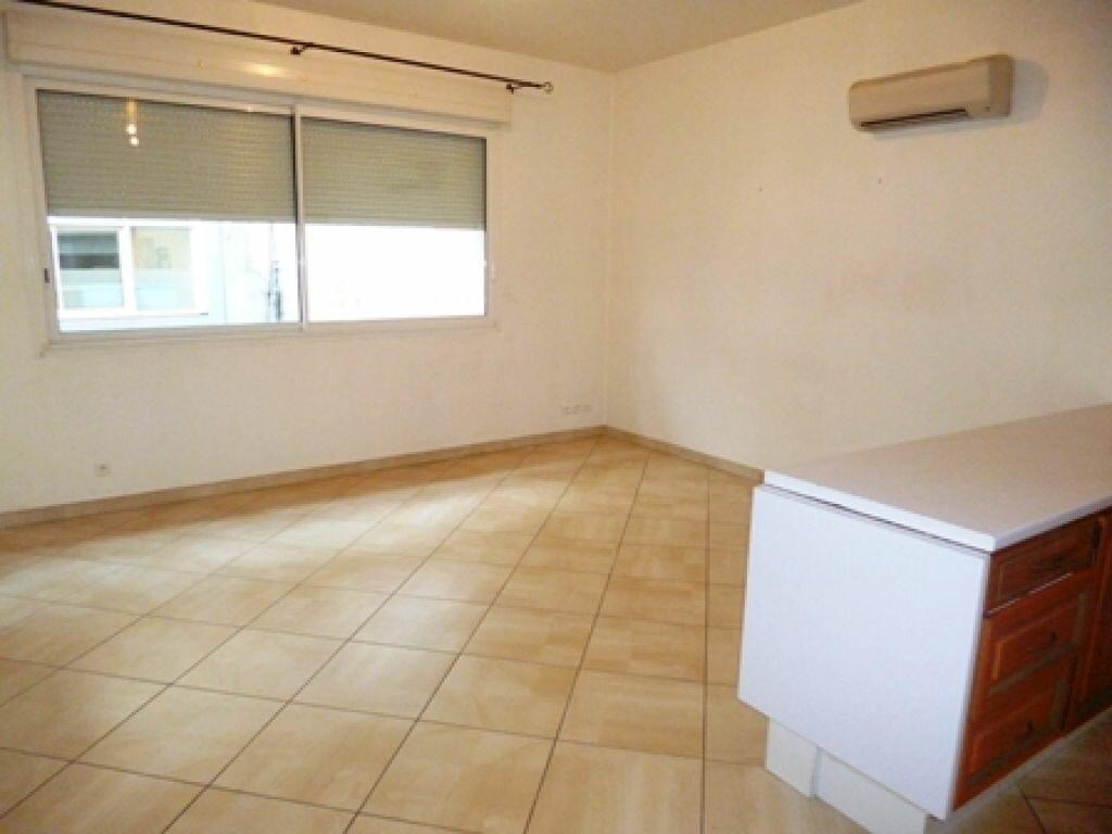 Location Appartement 2 pièces à Mont-de-Marsan - vignette-2